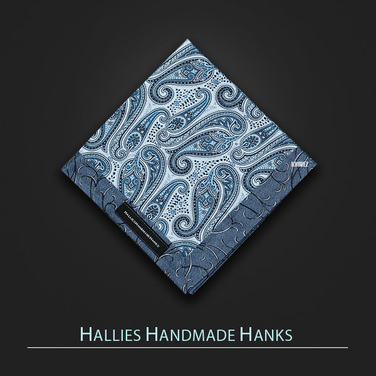 [Hallies Handmade Hanks]  Blue&Blue Paisley