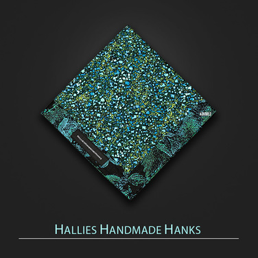 [Hallies Handmade Hanks]  Blue,Green,black